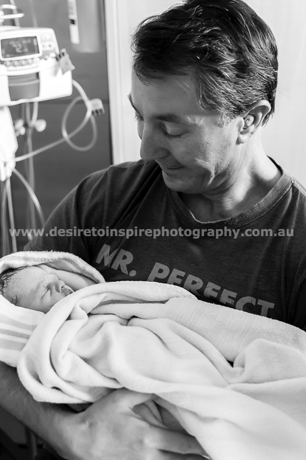 Brisbane_award_winning_birth_photographer011