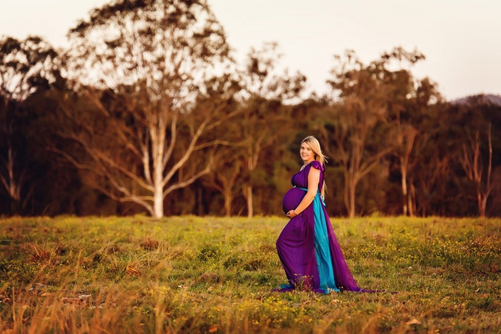 MATERNITY PHOTOGRAPHER BRISBANE